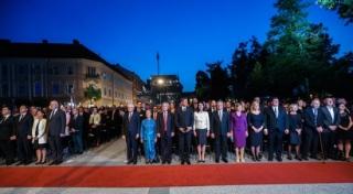 Pevke ŽePZ KD Korte na državni proslavi ob 25. obletnici Slovenije