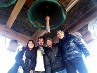Zvonovi so v Kortah na božični in silvestrski večer pa na večer pred gospodovim oznanjenjem 2012-13 svečano in ubrano peli.